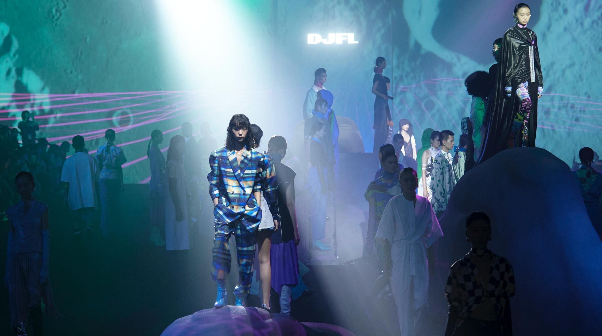 DJFL SS22「異世浮生」上海时装周大秀精彩呈现插图(2)